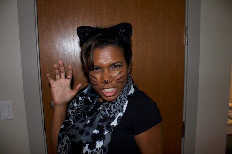 REOWWW!! - roaring meow ;)
